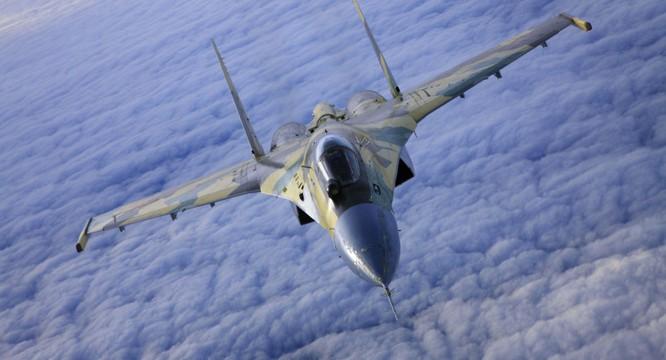 Tiêm kích Su-35 nguy cơ phá vỡ cán cân lực lượng trong khu vực nếu Trung Quốc thúc đẩy tham vọng lãnh thổ, lãnh hải
