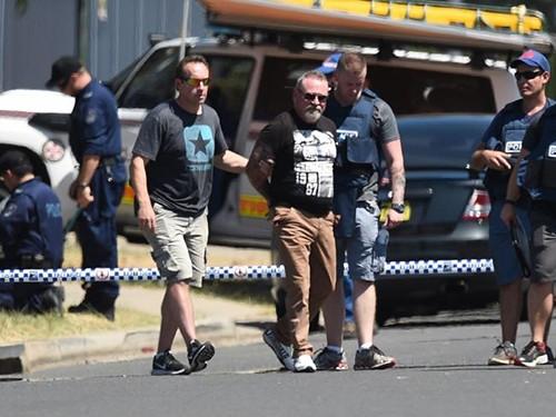 Úc: Nổ súng, bắt cóc con tin ảnh 2