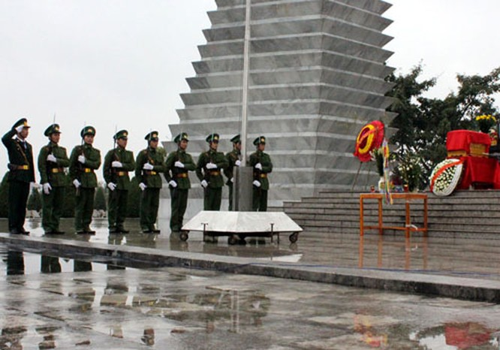 Lễ quy tập hài cốt liệt si Lê Đình Chinh được tổ chức trang trọng