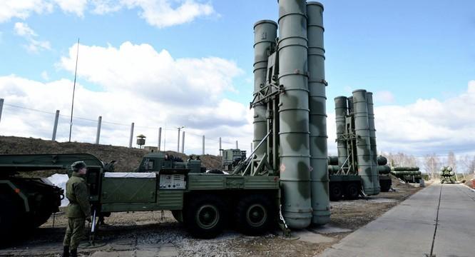 Tên lửa S-400 Nga triển khai tại Syria có thể bắn hạ mục tiêu cách 250 dặm
