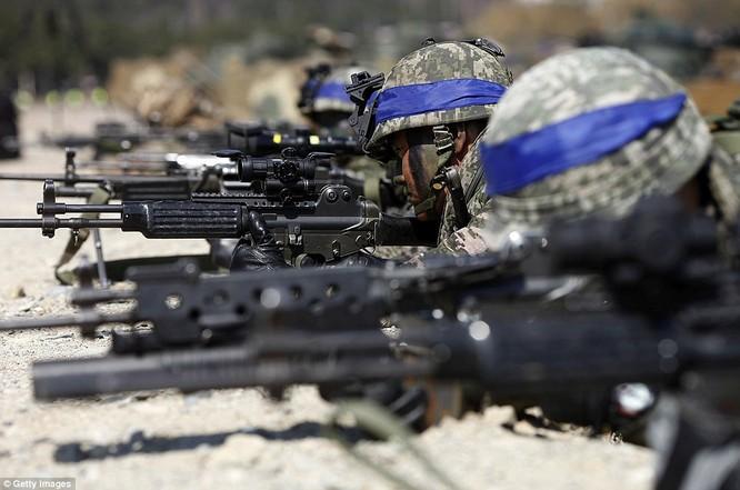 Cận cảnh 317.000 quân Mỹ-Hàn rầm rộ tập trận đổ bộ ảnh 5