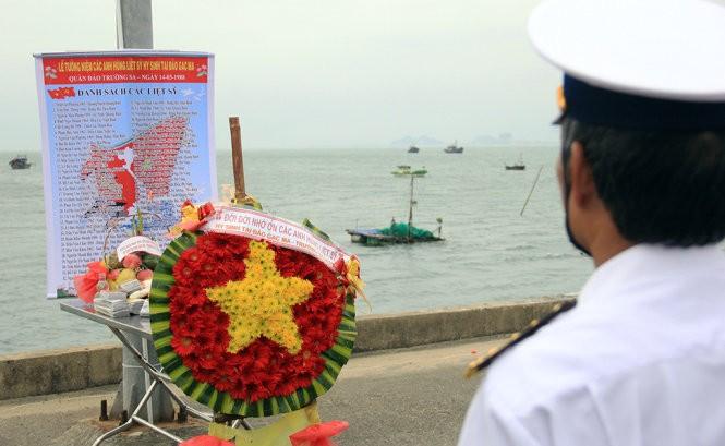 Lễ tưởng niệm 64 anh hùng liệt sĩ bảo vệ Gạc Ma ảnh 1