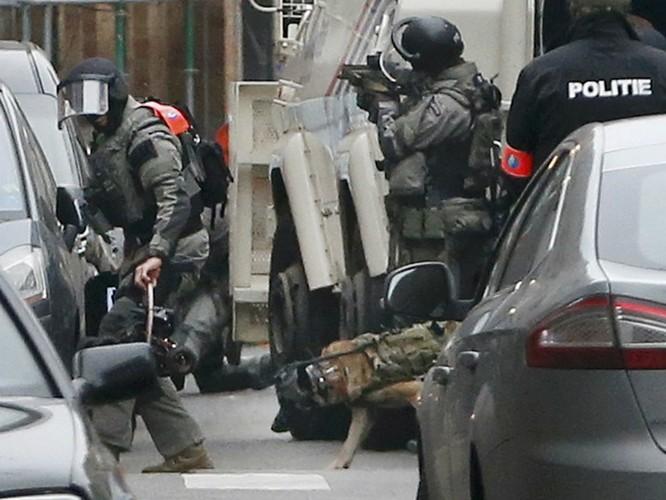 Nghi phạm chính vụ khủng bố Paris bị bắt sau 4 tháng lẩn trốn ảnh 2