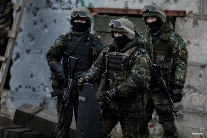 Binh sĩ đặc nhiệm Nga