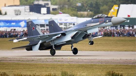 """Vì sao Việt Nam chọn """"thần điểu"""" Su-35 ảnh 1"""