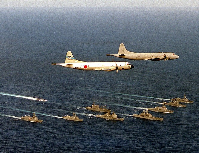 Hải quân Mỹ và hải quân Nhật Bản tập trận trên biển