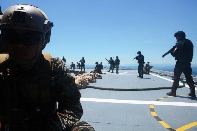 Hải quân, đặc công Việt Nam hoàn thành xuất sắc diễn tập chống khủng bố ảnh 9