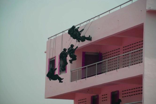 Hải quân, đặc công Việt Nam hoàn thành xuất sắc diễn tập chống khủng bố ảnh 12