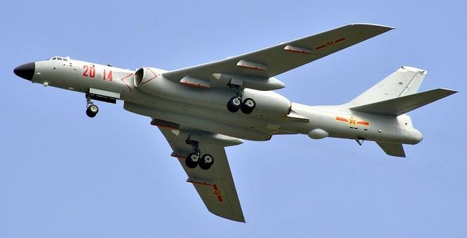 Máy bay ném bom tầm xa H-6K