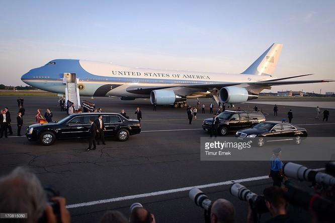Đoàn Tổng thống Mỹ Obama đến Việt Nam trên 5 chuyên cơ ảnh 1