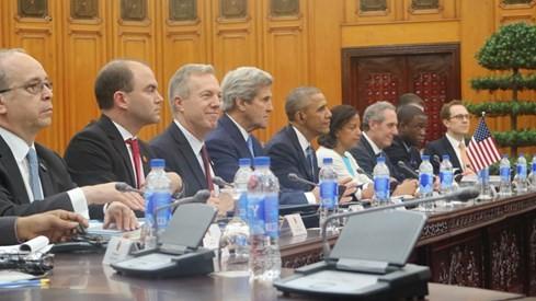 Ông Obama chào xã giao Tổng Bí thư Nguyễn Phú Trọng, hội kiến Thủ tướng Nguyễn Xuân Phúc ảnh 2