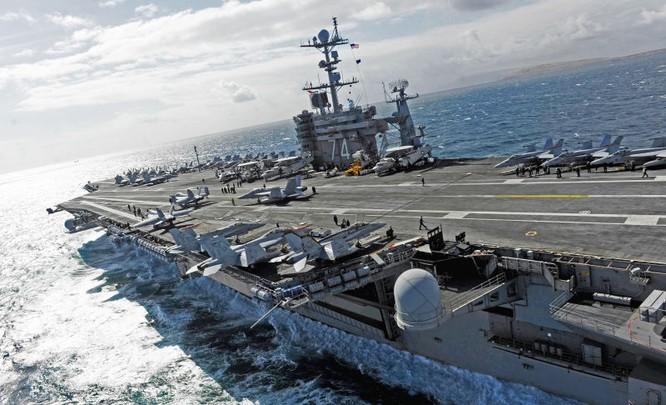 Cụm tác chiến tàu sân bay Stennis đang hoạt động ở Biển Đông