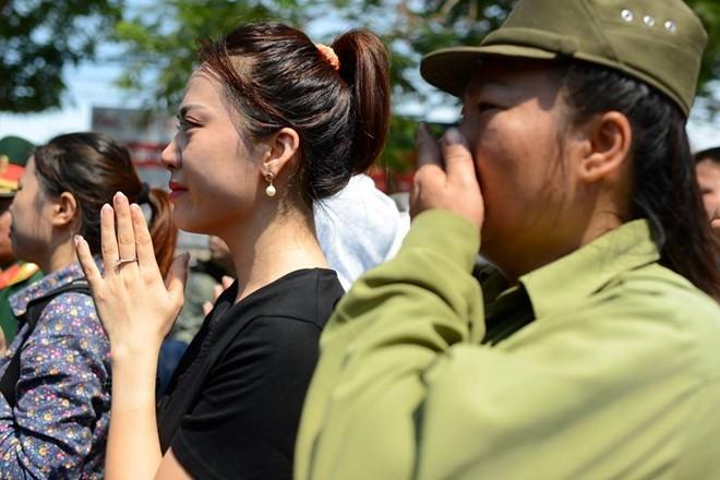 Người dân tiếc thương phi công xuất sắc của không quân Việt Nam ảnh 7