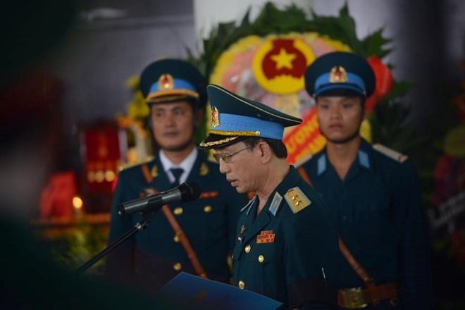 Người dân tiếc thương phi công xuất sắc của không quân Việt Nam ảnh 19