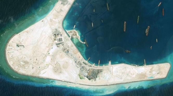 Một góc đá Su bi ở quần đảo Trường Sa của Việt Nam đang được Trung Quốc ráo riết bồi lấp, xây đảo nhân tạo