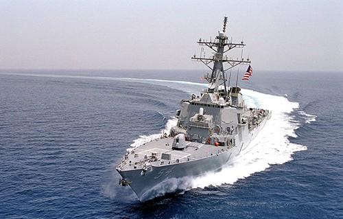 Khu trục hạm USS Lassen của Mỹ thực hiện tuần tra tự do hàng hải ở Biển Đông