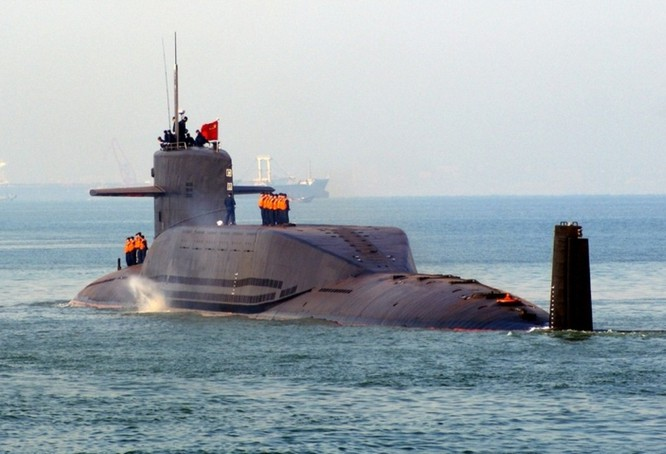 Tàu ngầm hạt nhân mang tên lửa đạn đạo của Trung Quốc