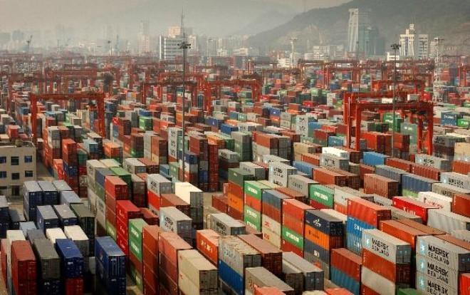 Kinh tế Trung Quốc phụ thuộc nặng nề vào xuất khẩu và vận tải đường biển