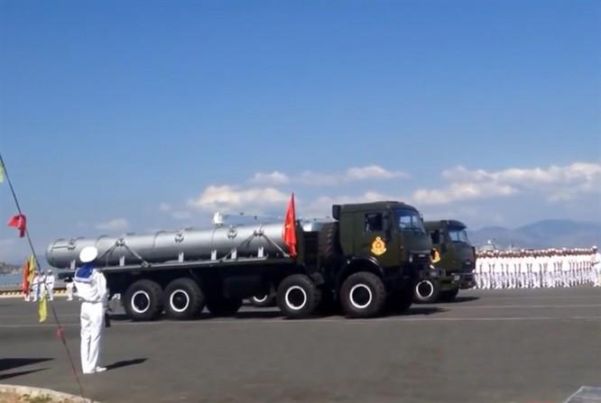 Tên lửa diệt hạm Klub-S trang bị cho tàu ngầm Kilo của hải quân Việt Nam