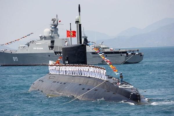 Tàu ngầm kilo và chiến hạm Gepard của hải quân Việt Nam có xuất xứ từ Nga