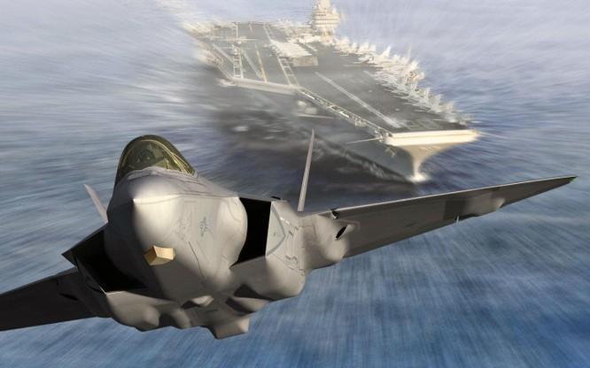 Chiến đấu cơ tàng hình F-35 xuất kích từ tàu sân bay Mỹ