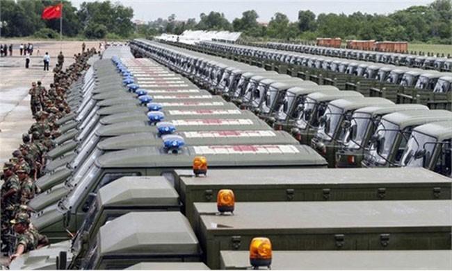 Xe cơ giới Trung Quốc viện trợ cho quân đội Campuchia