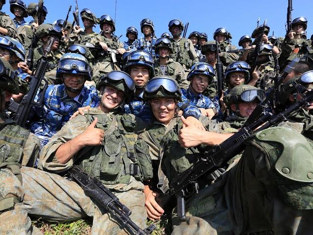 Binh sĩ Nga và Trung Quốc tham gia cuộc tập trận chung vừa kết thúc ngày 19/9