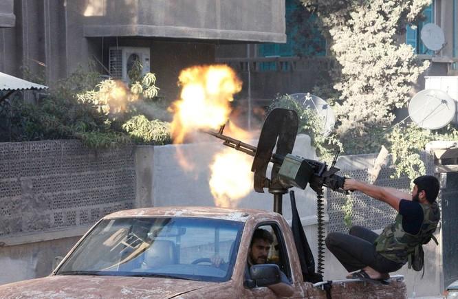 Những trận chiến đường phố đẫm máu đang tàn phá Aleppo