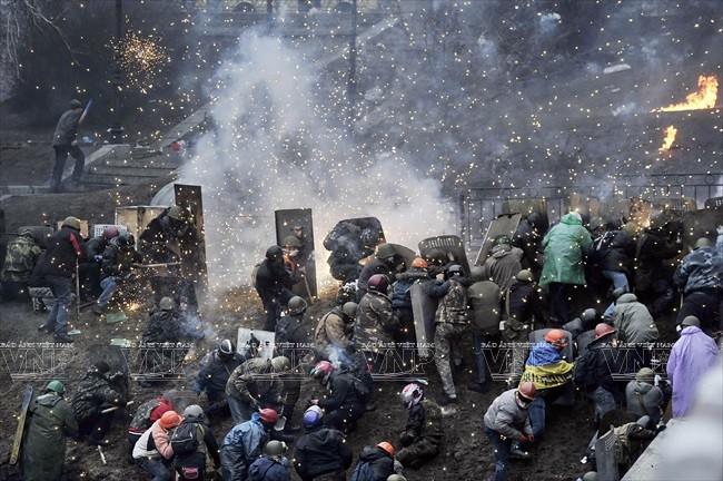 Biểu tình, bạo loạn ở Ukraine. Ảnh:AFP/TTXVN