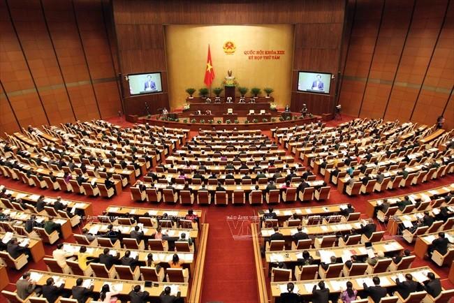 Kỳ họp thứ Tám, Quốc hội Khóa XIII diễn ra tại hội trường mới ở Ba Đình, Hà Nội. Ảnh: Đức Tám – TTXVN