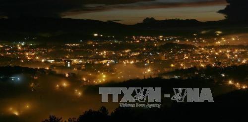 Thành phố Đà Lạt lung linh trong đêm. Ảnh: TTXVN