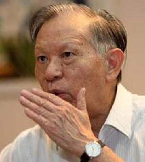 Giáo sư Nguyễn Quang Thái
