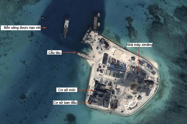 Đá Gạc Ma đã trở thành đảo nhân tạo nối với cơ sở ban đầu của bãi đá này, có cả 1 sân bay trực thăng và 1 trạm xi măng - Ảnh: Airbus Defence & Space/IHS Jane's
