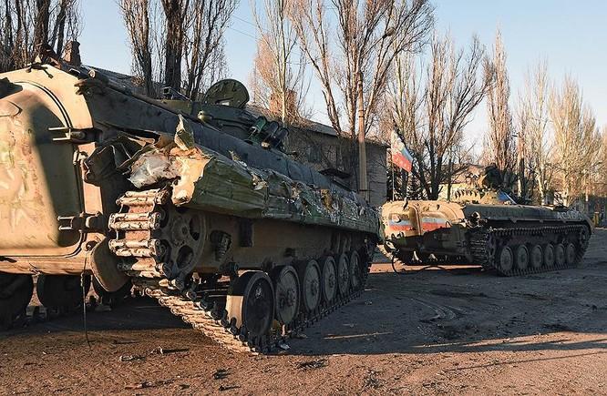 """""""Chảo lửa"""" Debaltsevo tan hoang sau trận huyết chiến khốc liệt ảnh 31"""