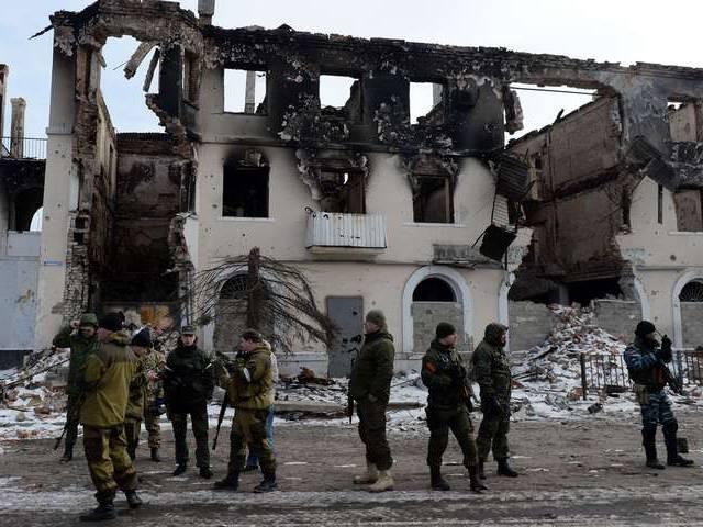 """""""Chảo lửa"""" Debaltsevo tan hoang sau trận huyết chiến khốc liệt ảnh 7"""