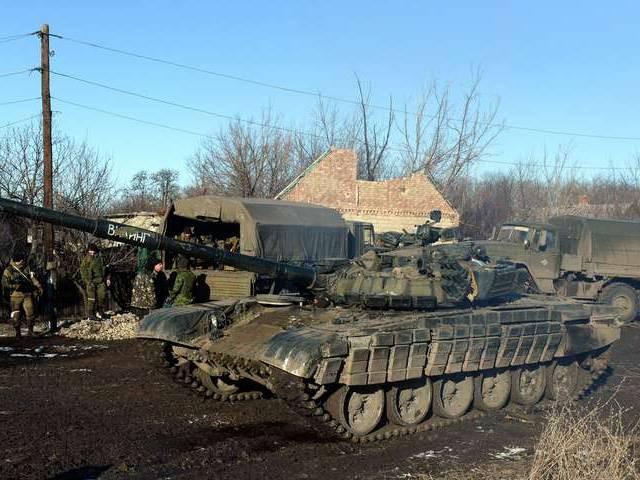 """""""Chảo lửa"""" Debaltsevo tan hoang sau trận huyết chiến khốc liệt ảnh 8"""
