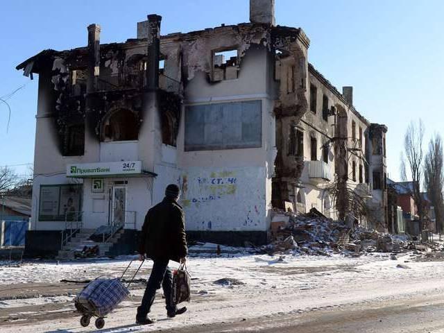 """""""Chảo lửa"""" Debaltsevo tan hoang sau trận huyết chiến khốc liệt ảnh 12"""