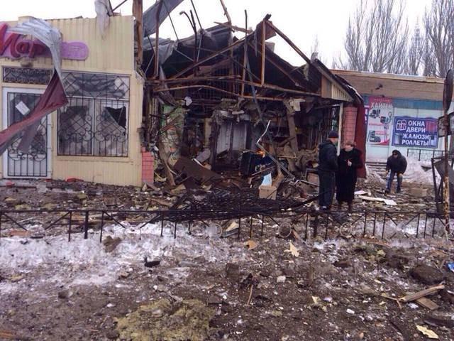 """""""Chảo lửa"""" Debaltsevo tan hoang sau trận huyết chiến khốc liệt ảnh 14"""