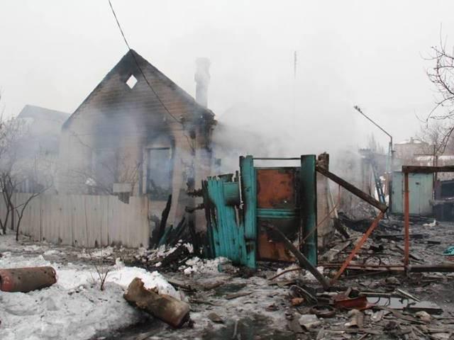 """""""Chảo lửa"""" Debaltsevo tan hoang sau trận huyết chiến khốc liệt ảnh 16"""