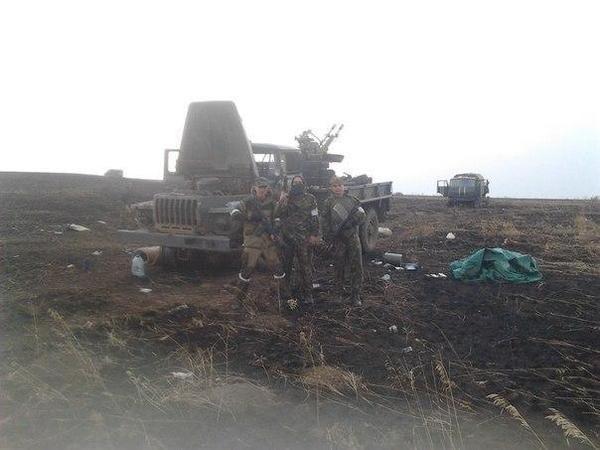 """""""Chảo lửa"""" Debaltsevo tan hoang sau trận huyết chiến khốc liệt ảnh 22"""