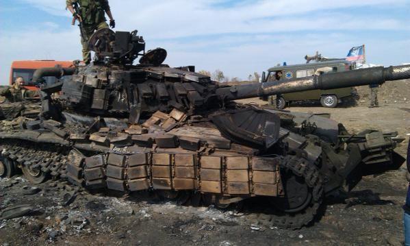 """""""Chảo lửa"""" Debaltsevo tan hoang sau trận huyết chiến khốc liệt ảnh 24"""