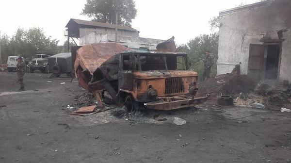 """""""Chảo lửa"""" Debaltsevo tan hoang sau trận huyết chiến khốc liệt ảnh 21"""