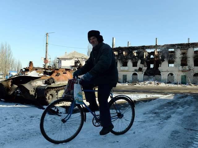 """""""Chảo lửa"""" Debaltsevo tan hoang sau trận huyết chiến khốc liệt ảnh 6"""