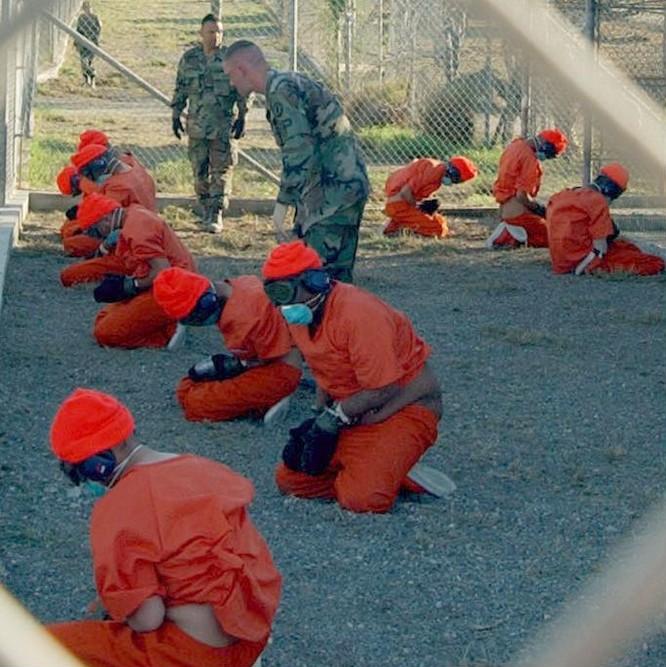 Sự thật kinh hoàng bên trong nhà tù khét tiếng Guantanamo ảnh 33
