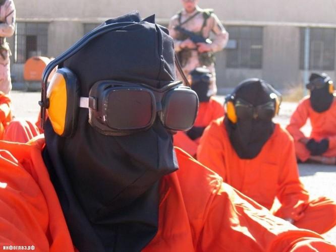 Sự thật kinh hoàng bên trong nhà tù khét tiếng Guantanamo ảnh 36