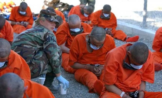 Sự thật kinh hoàng bên trong nhà tù khét tiếng Guantanamo ảnh 37