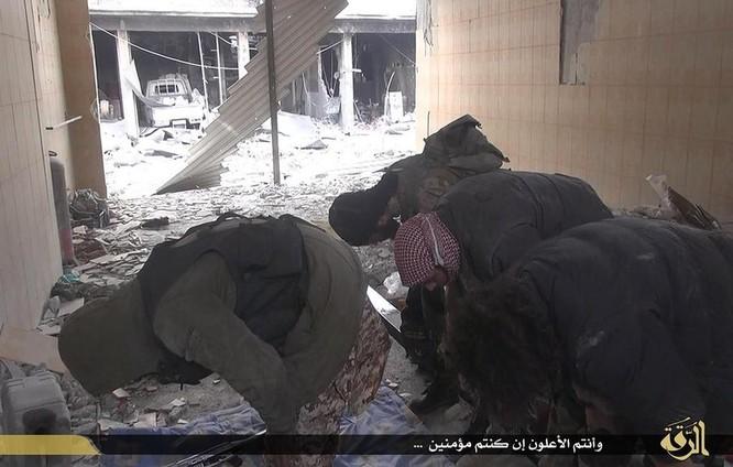 Cuộc sống tàn khốc bên trong lãnh thổ Nhà nước Hồi giáo (phần 2) ảnh 2
