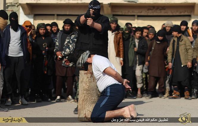 Cuộc sống tàn khốc bên trong lãnh thổ Nhà nước Hồi giáo (phần 2) ảnh 37