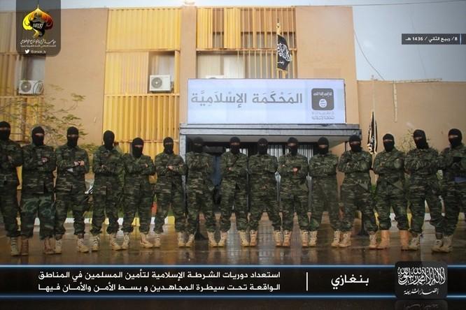 Cuộc sống tàn khốc bên trong lãnh thổ Nhà nước Hồi giáo (phần 2) ảnh 11