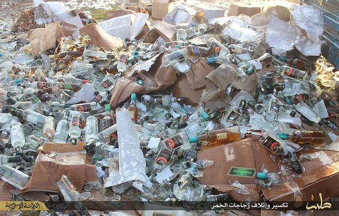 Cuộc sống tàn khốc bên trong lãnh thổ Nhà nước Hồi giáo (phần 2) ảnh 22